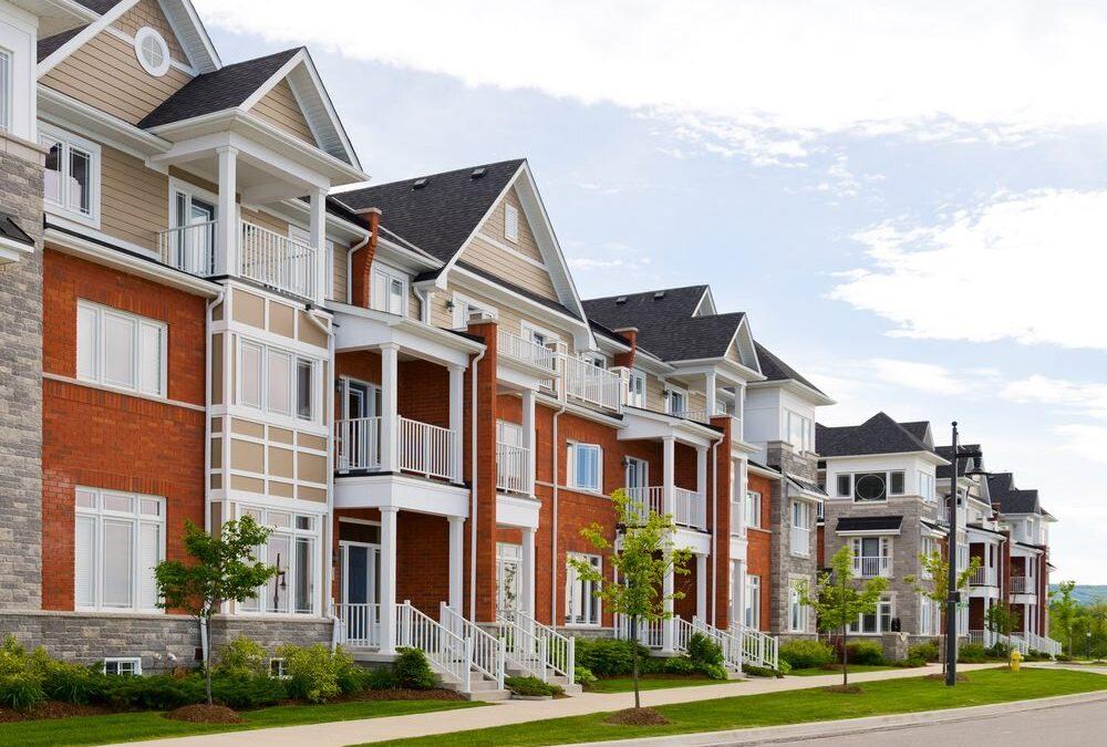 6 Factors Impacting Multifamily Apartment Investing
